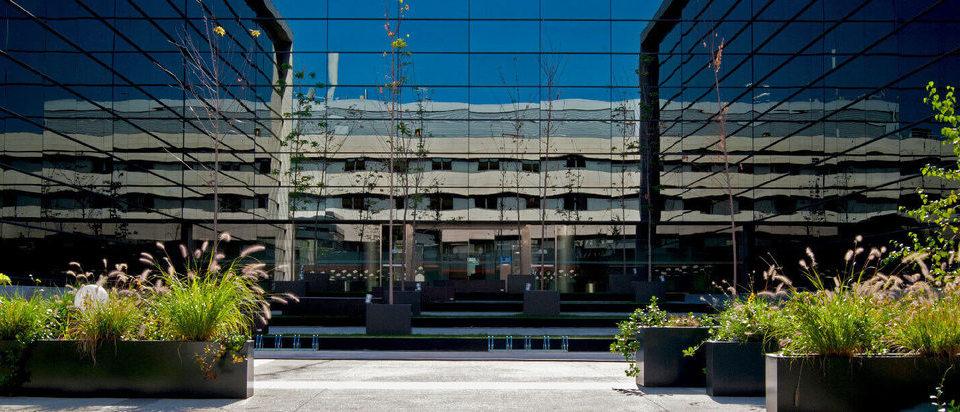 Centro empresarial V.K
