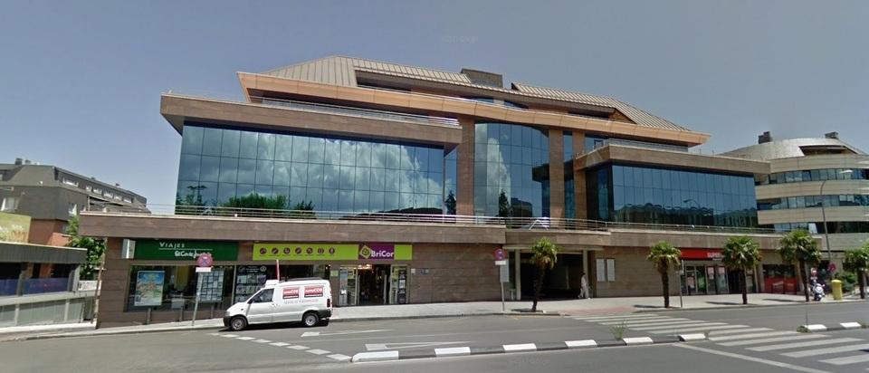 Edificio de Oficinas Avda. Reyes Católicos